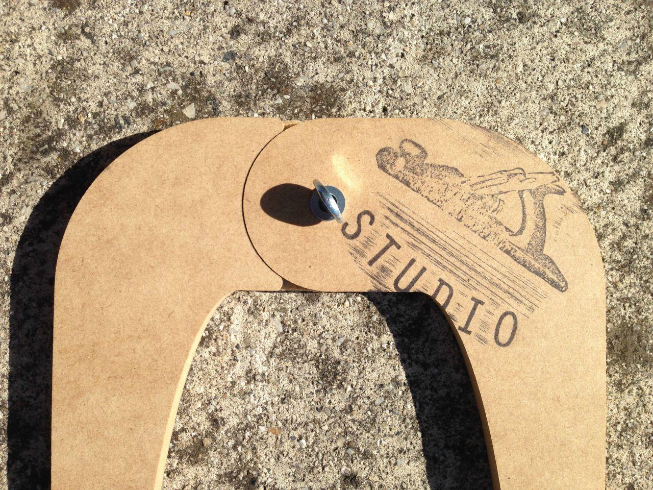 The Surfboard Studio Measuring Calipers 2