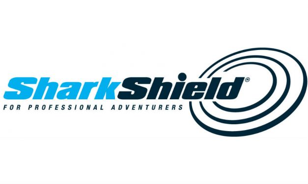 Freedom Shark Shield Surf Bundle
