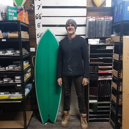 Tim finished up with the amazing retro twinny with a pale green cutlap bottom with a bottle green deck and a light blue pinline