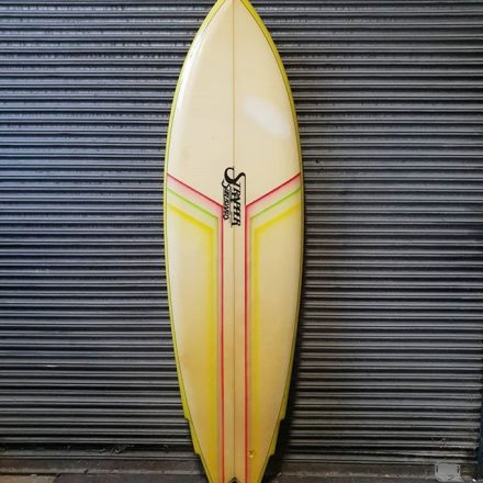 Here is another rare gem made by our friends at Strapper surfboards in Torquay