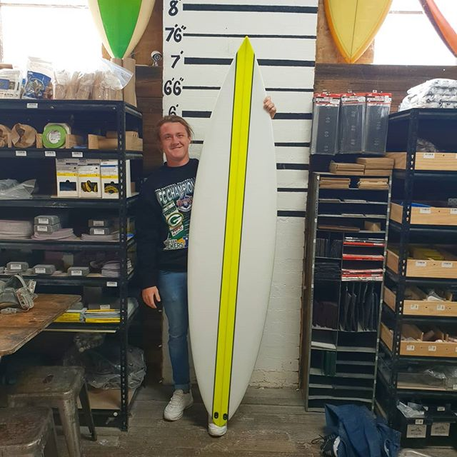 Lachlan finished up with this 7'0 Hawaiian  gun. There was a lot of love put into this shape his dad spent hours with KR on the shape and Lachlan jump in to do the glassing. Big well done mate turn out sick.