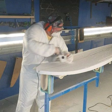 Leo booked a Private Course on handshaping from a planer and glassing